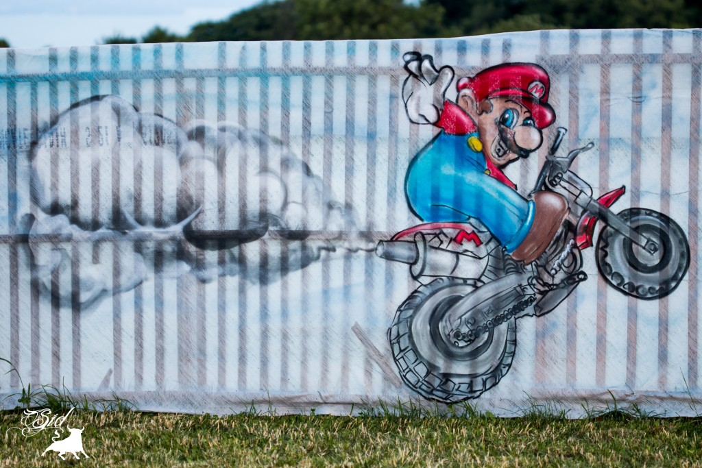 Déco Mario kart moto graff spray super mario bros evolution art pour le 70 ème giron 2015 de marchissy fjdn